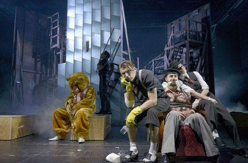 Schauspielhaus: Arsen und Spitzenhäubchen