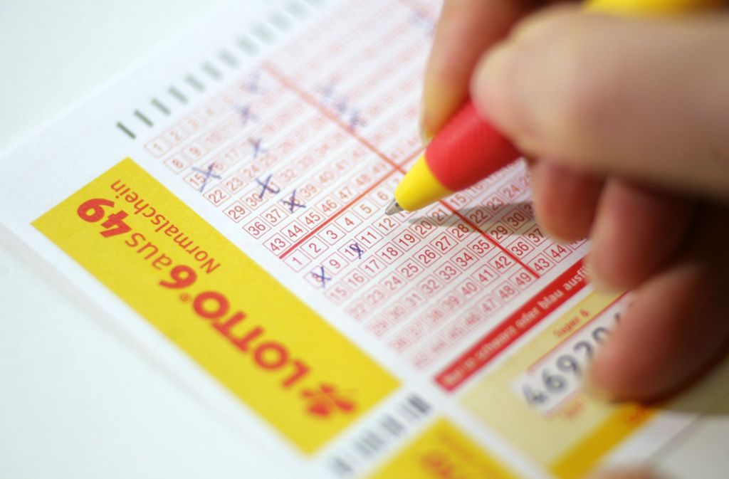 Lotto: Bayer knackt Jackpot zum Weihnachtsfest - Panorama ...