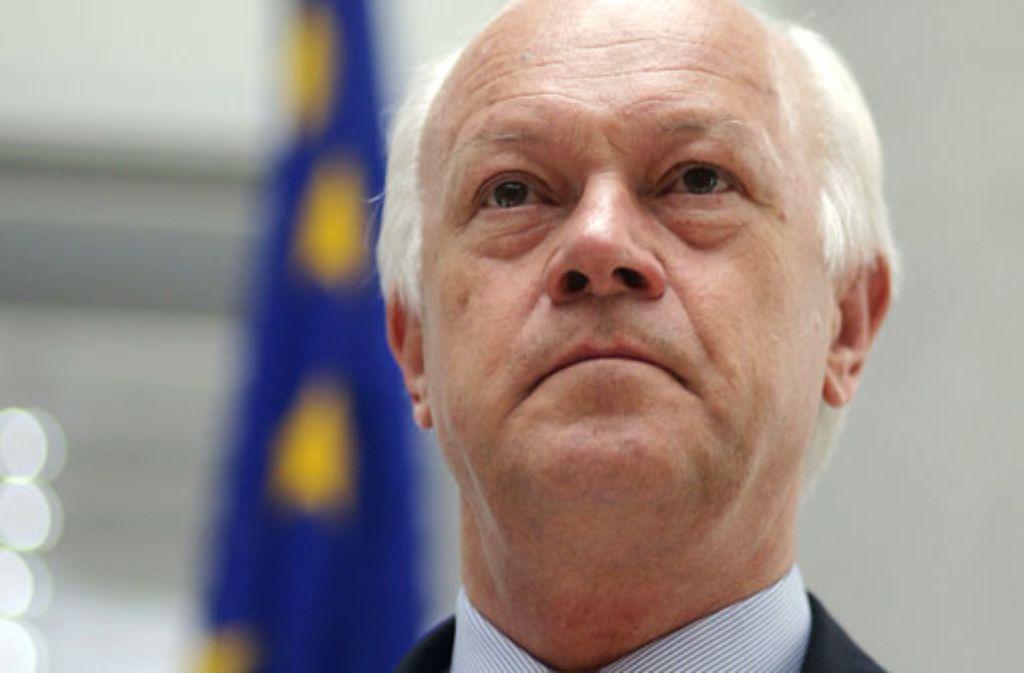 Uhl Ludwigsburg sicherheitspolitiker uhl flüchtlinge nicht aufnehmen politik stuttgarter zeitung