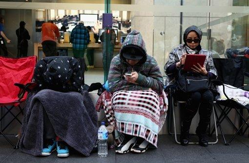Fans campen vor Apple-Stores