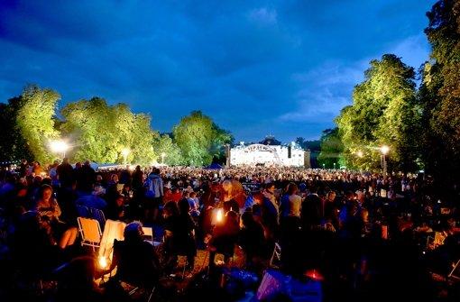 Das Open-Air-Konzert vor dem  Monrepos-Schloss gilt als wichtiger Publikumsmagnet der Ludwigsburger Schlossfestspiele. Foto: Veranstalter