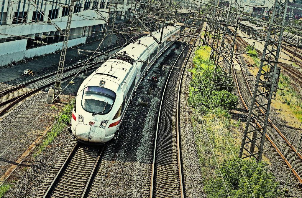 Schnellere Verbindungen Bahn Will Air Berlin Pleite Für