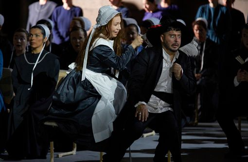 Oper Stuttgart: Die Puritaner