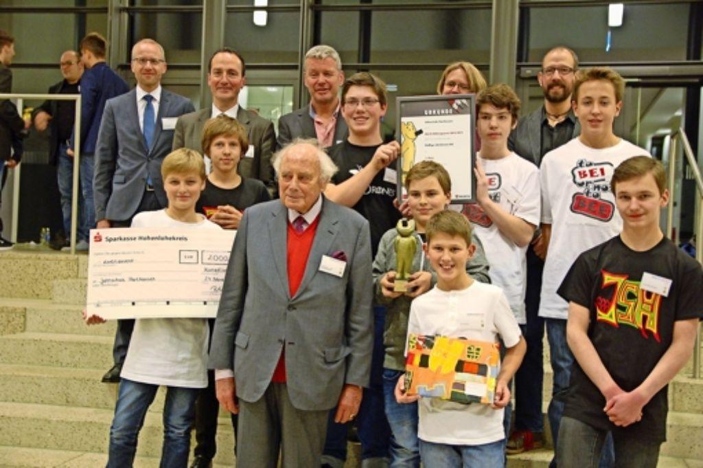 Jahnschule Harthausen: Bildungspreis für Nachwuchs Imker