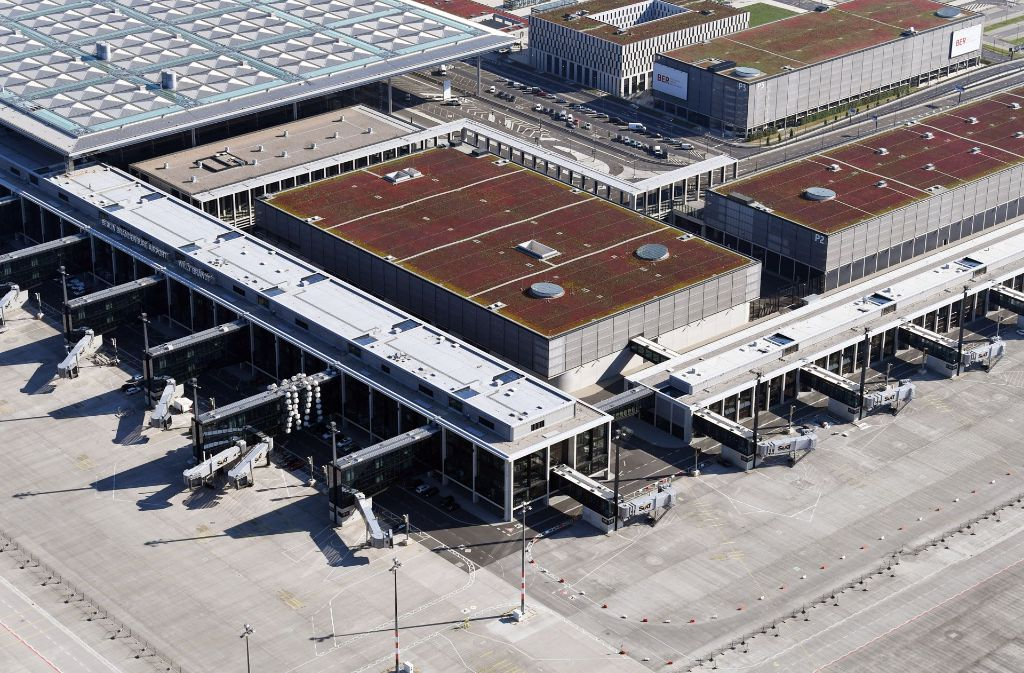 Baustelle Berliner Flughafen Ber Bosch Droht Mit Einstellung Der