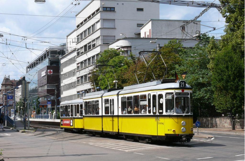 Bad Cannstatt: Historische Straßenbahn macht Pause - Bad