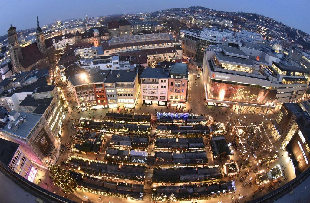 Das Weihnachtsmarkt.Taschendiebstahl Auf Dem Stuttgarter Weihnachtsmarkt Statt