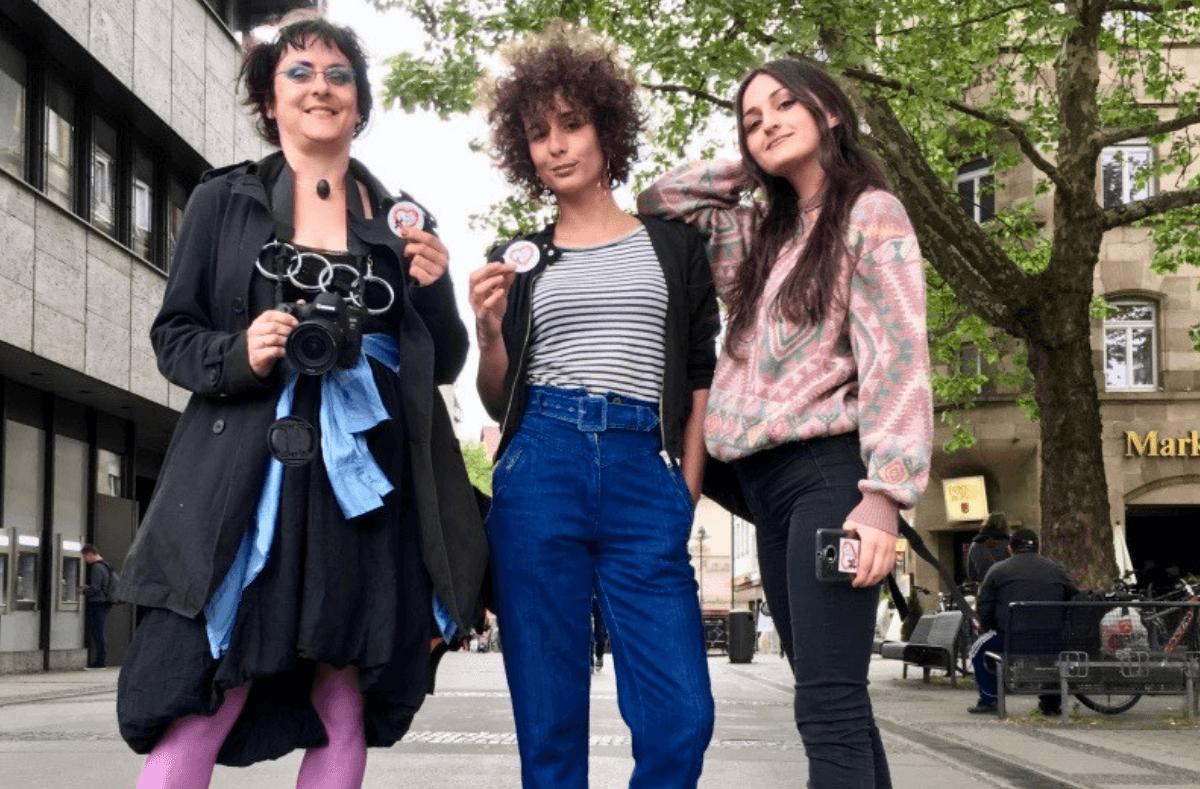 Frauen puff AG Womens