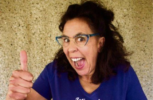 Sybille Bullatschek huldigt mit ihrem Kabarettprogramm dem Pflegepersonal in Deutschland