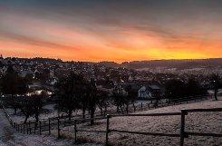 Sonnenaufgang bei Heimsheim (Enzkreis) - Nachbargemeinde von Renningen im Kreis Böblingen. Foto: Leserfotograf Holger Leicht