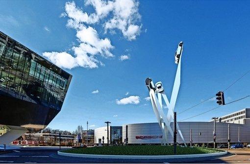 Porsche plant Kunstwerk am Kreisel