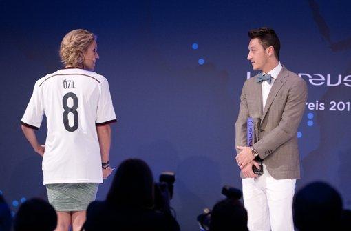 Mesut Özil und Jens Lehmann geehrt