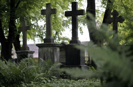 4.3.: Flammen auf dem Friedhof