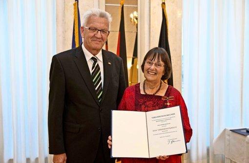 Verdienstkreuz für Ingrid Bohsung