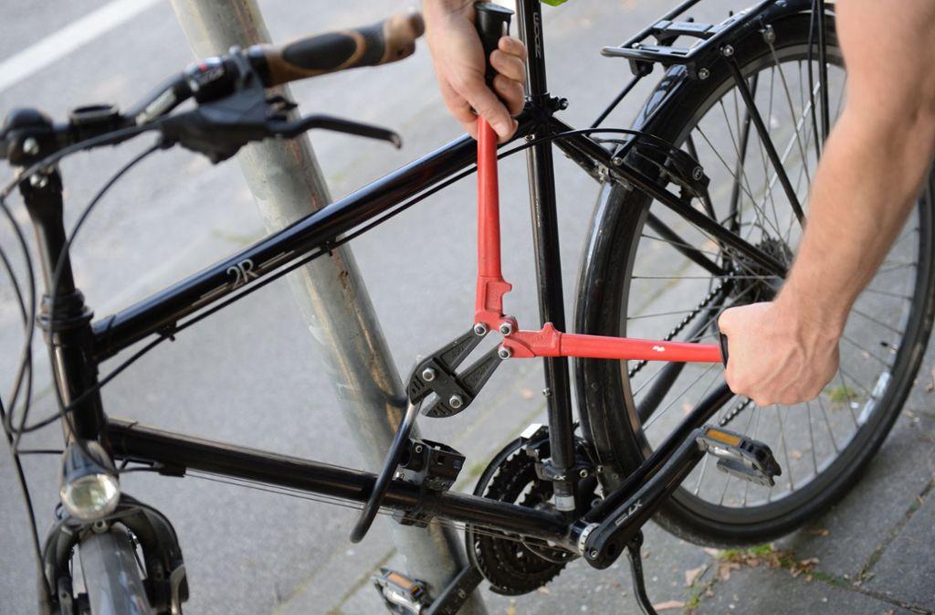 stuttgart bad cannstatt gestohlenes fahrrad im internet wieder entdeckt stuttgart. Black Bedroom Furniture Sets. Home Design Ideas