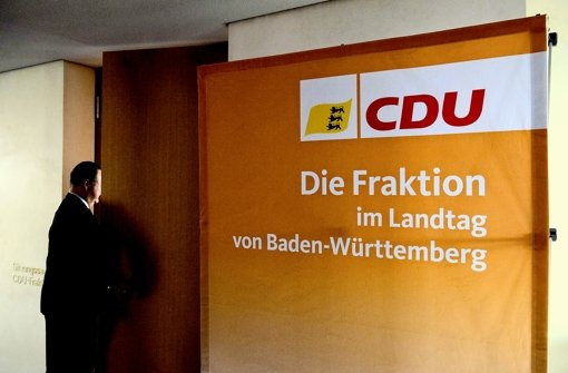 Hinter verschlossenen Türen hat sich die CDU beraten, wie sie mit der verfahrenen Situation im EnBW-Ausschuss   weiter umgehen wird. Foto: dpa