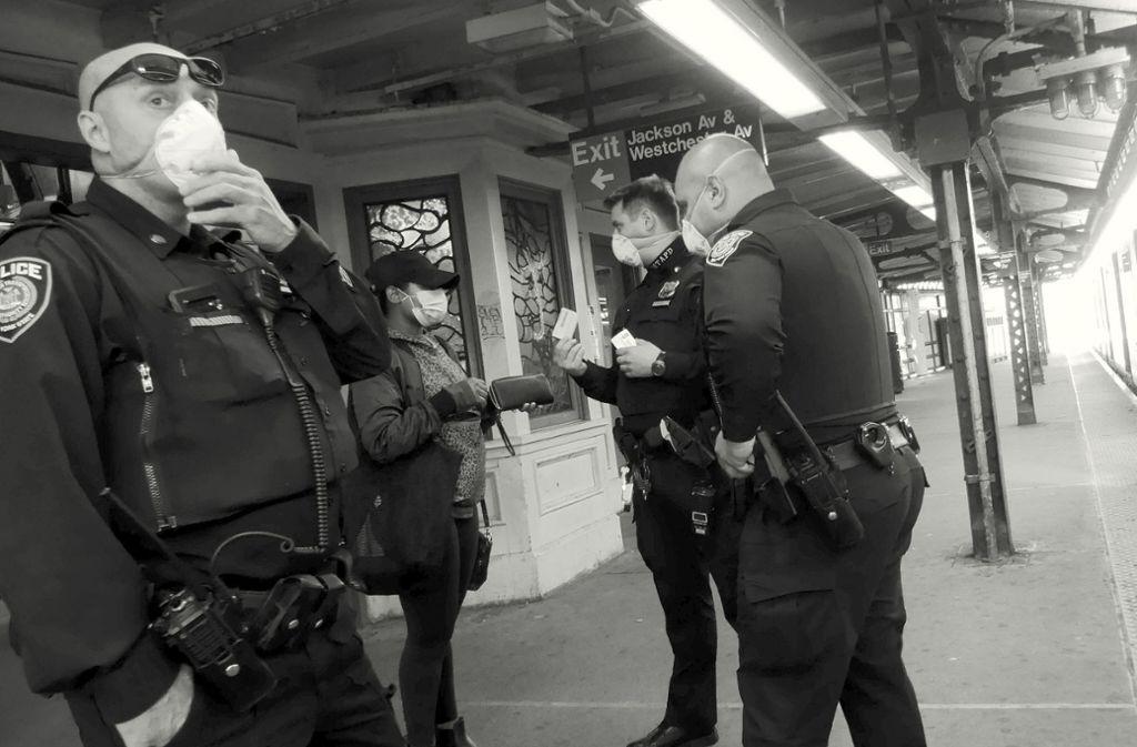 Leben und Überleben in New York: Wenn es dunkel wird
