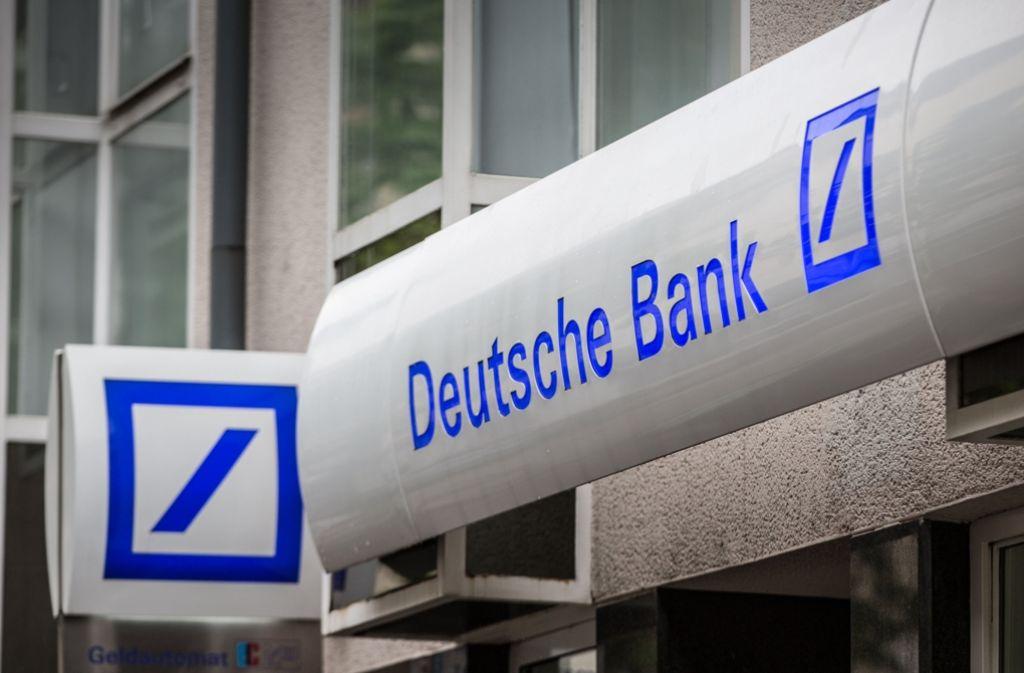 Filialschliessungen Im Sudwesten Auf Deutsche Bank Kunden Kommen Weite Wege Zu Wirtschaft Stuttgarter Zeitung