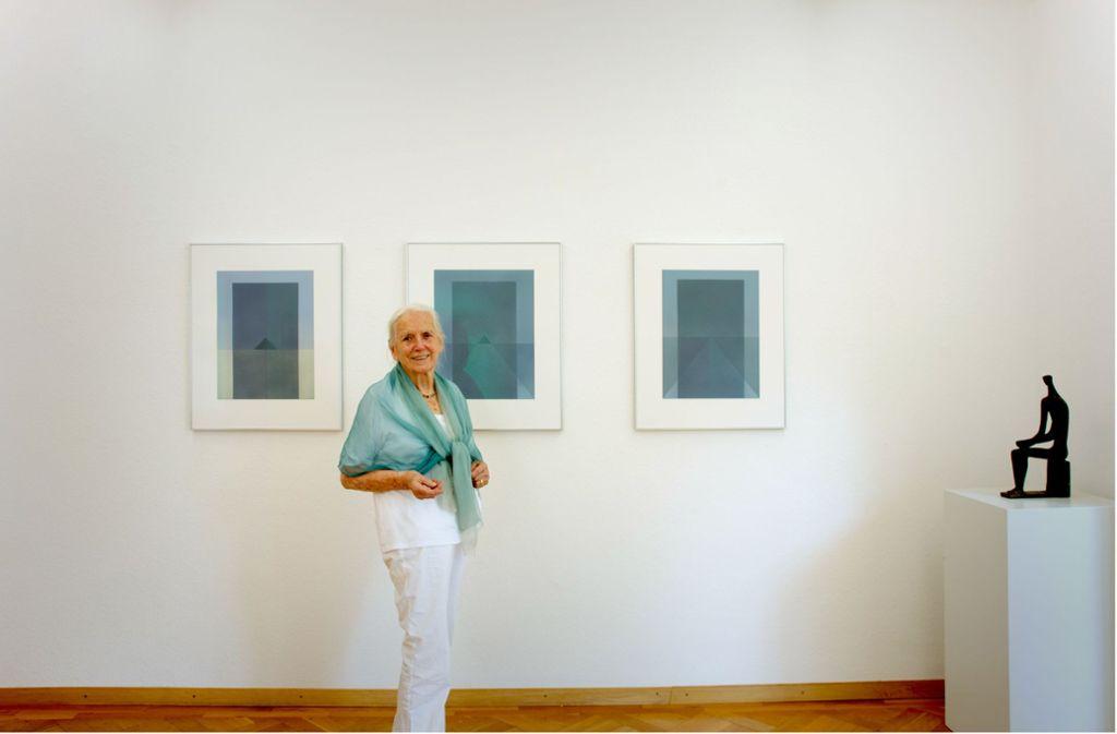 Hildegard Ruoff Stellt In Nürtingen Aus Mit 100 Jahren