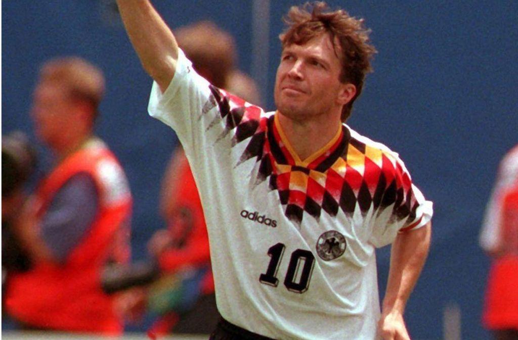 Deutsche Fussball Nationalmannschaft Mal Klassisch Mal