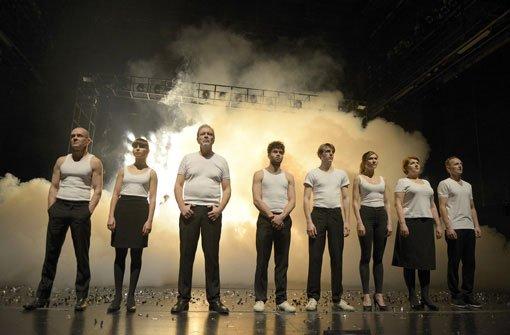 Staatstheater Schauspielhaus Stuttgart:<br> zeit zu lieben zeit zu sterben