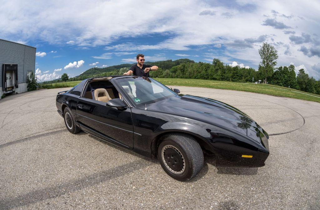 Sprechender Wagen Aus Knight Rider Kult Auto Kitt Sorgt In