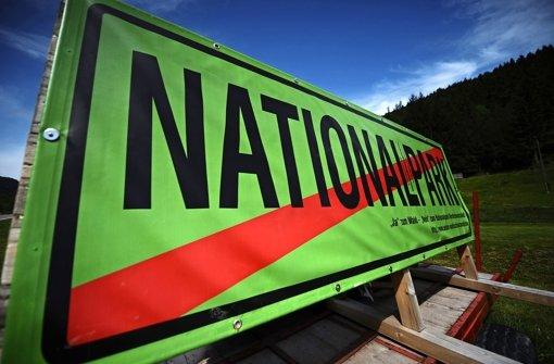 Die Gegner eines Nationalparks im Nordschwarzwald machen seit langem mobil – hier ein Protestplakat, das im Mai vorigen Jahres in Wolfach angebracht wurde. Foto: dpa