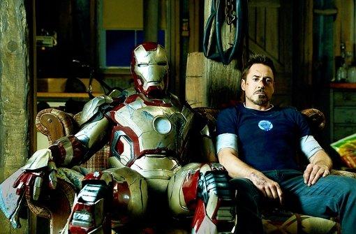 Diese ramponierte Rüstung und ihr ramponierter Ritter (Robert Downey Jr.) sind nicht mehr zufrieden miteinander Foto: Verleih