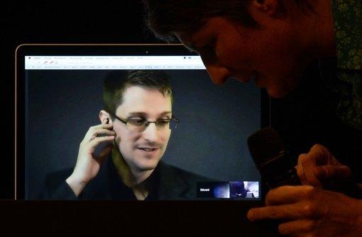 Snowden betont Kampf für Freiheitsrechte
