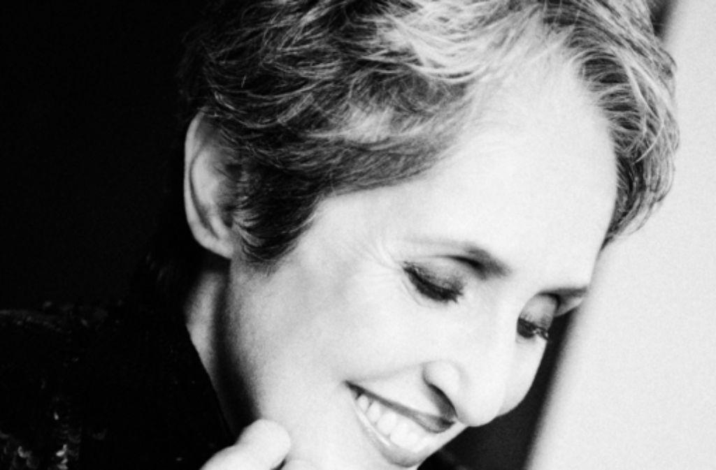 Joan Baez — Donna Donna — Listen, watch, download and