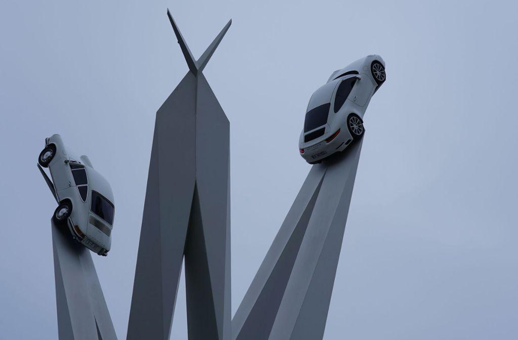 Porsche-Skulptur in Stuttgart - Warum der dritte Porsche 911 verschwunden ist - Stuttgarter Zeitung