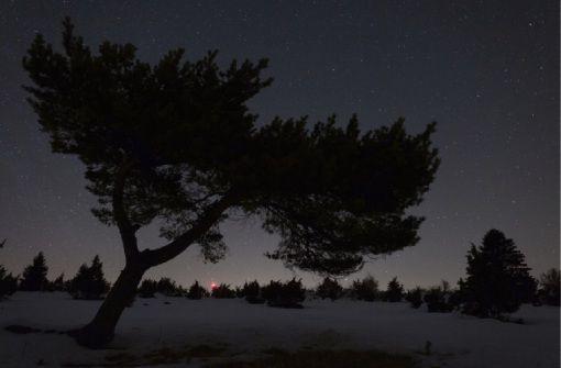 Sternenhell - die Alb bei Nacht - Astrofotografie von Till Credner in der Rathausgalerie Balingen