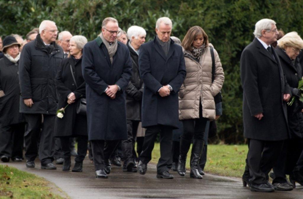 Julen Beerdigung