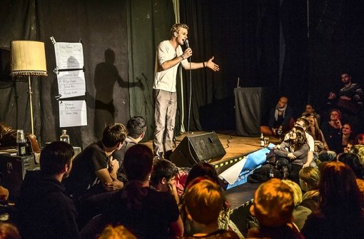 Die Premiere des Poetry Slams im Rocker 33 ist ein Erfolg. Weitere könnten folgen. Foto: Achim Zweygarth
