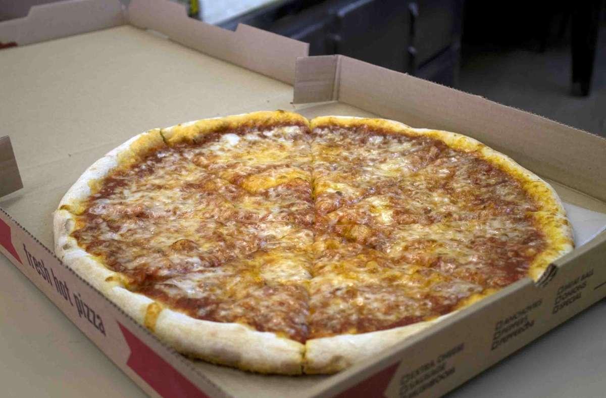 Vorfall in den USA: Paar bekommt Pizza mit Salami-Hakenkreuz
