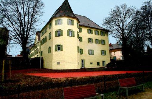 Ein markanter Bau am Rand der Altstadt Rottweil – der OB hofft, dass dank der Jugendherberge auch die Übernachtungszahlen ansteigen werden. Foto: StZ
