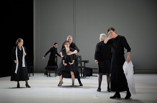 Schauspiel Stuttgart: Bernarda Albas Haus