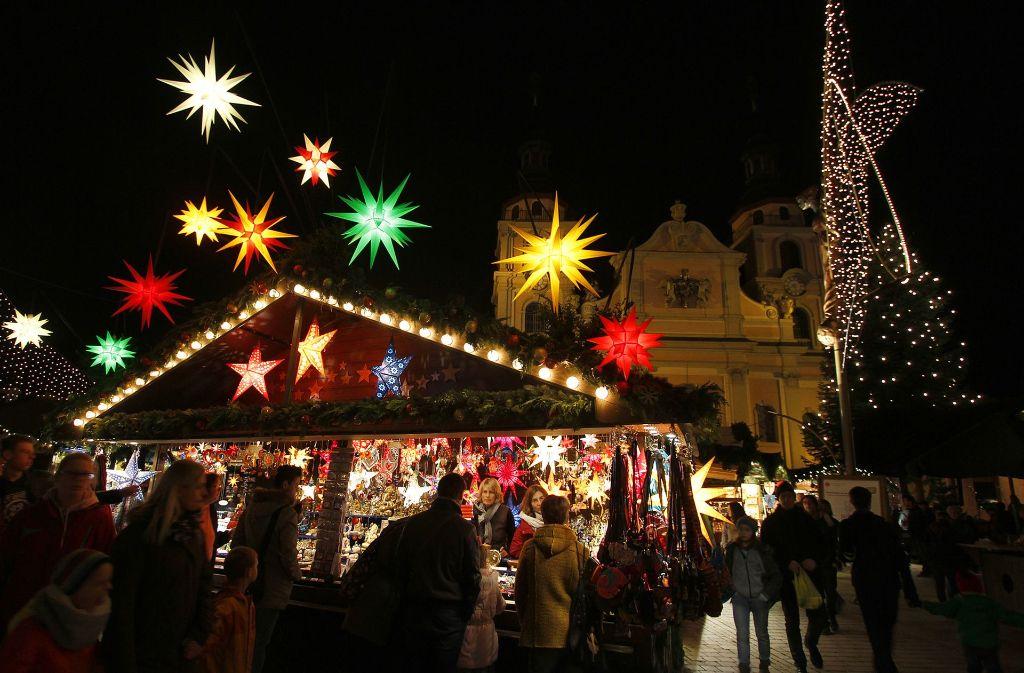 Weihnachtsm rkte im kreis ludwigsburg budenzauber vor for Fachwerk bildung