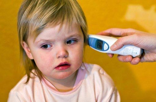 Fieber ist häufig ein Hinweis auf eine beginnende Mandelentzündung. Foto: dpa