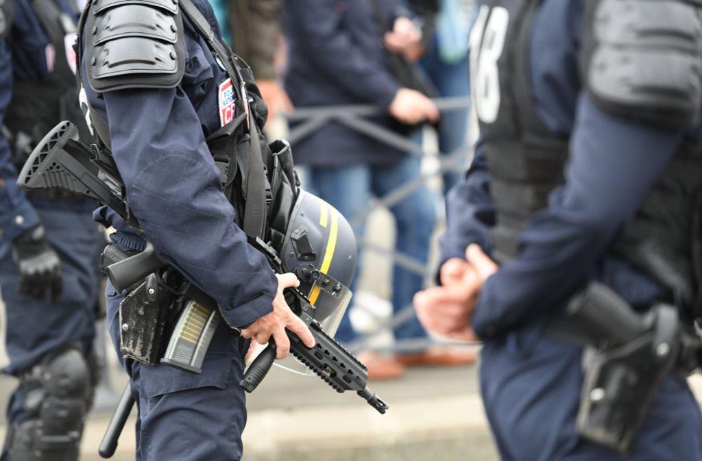 Frankreich: Ermittler decken Anschlagspläne auf Muslime auf