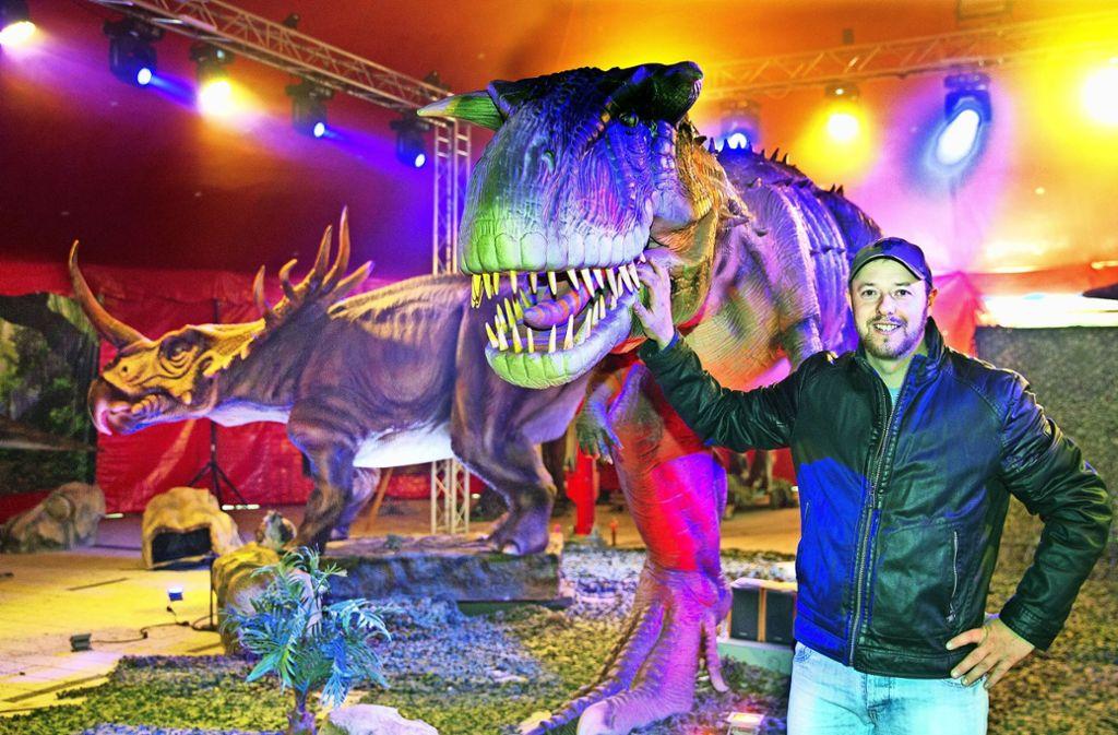 Deutschlandpremiere Die Dinosaurier Erobern Esslingen Landkreis