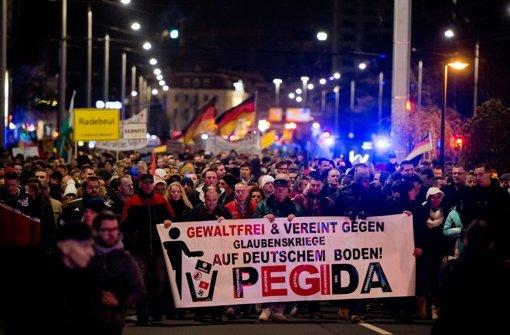 Schröder verlangt ein klares Zeichen