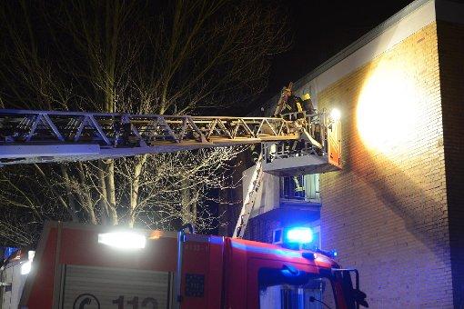 Offenbar Brandstiftung in einem Wohnheim in Freiberg: Im zweiten Stock wurde in der Nacht auf Samstag vermutlich eine Kommode angesteckt. Foto: www.7aktuell.de/Eyb