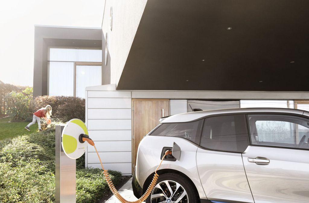 Zukunftsmarkt Elektroautos: Service aus der Hand gegeben ...