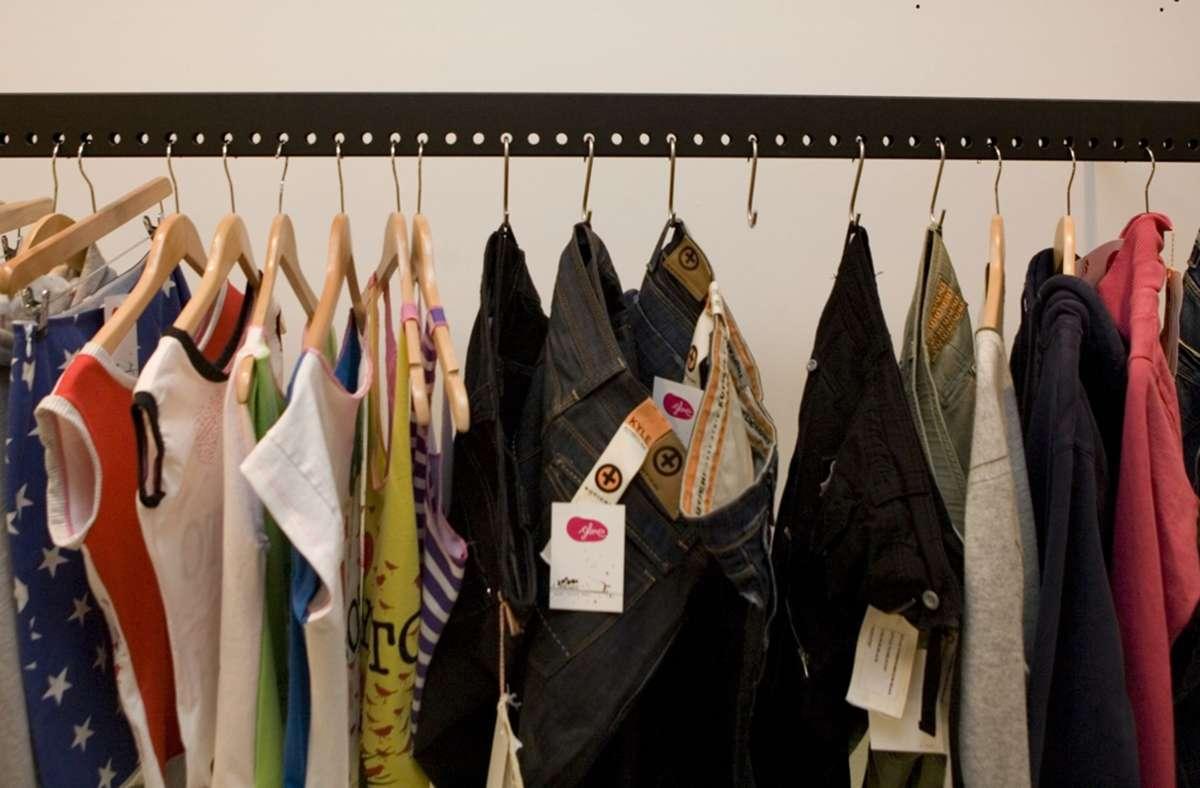 Clean Clothes Campaign In Stuttgart Tauschen Oder Fair Kaufen Stuttgart Stuttgarter Zeitung
