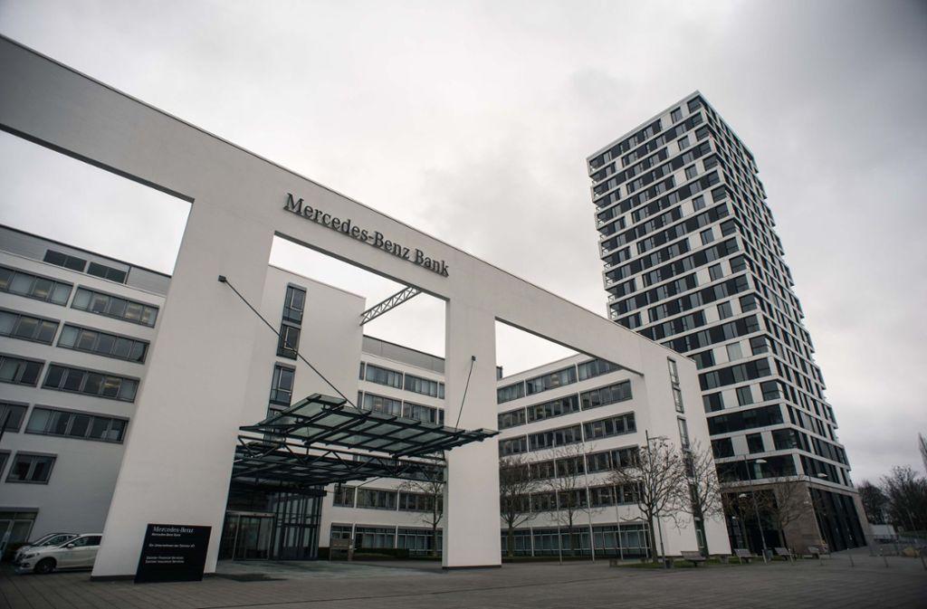 stuttgart: musterfeststellungsklage auch gegen mercedes-benz-bank