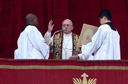 Papst prangert Gewalt und Kriege an