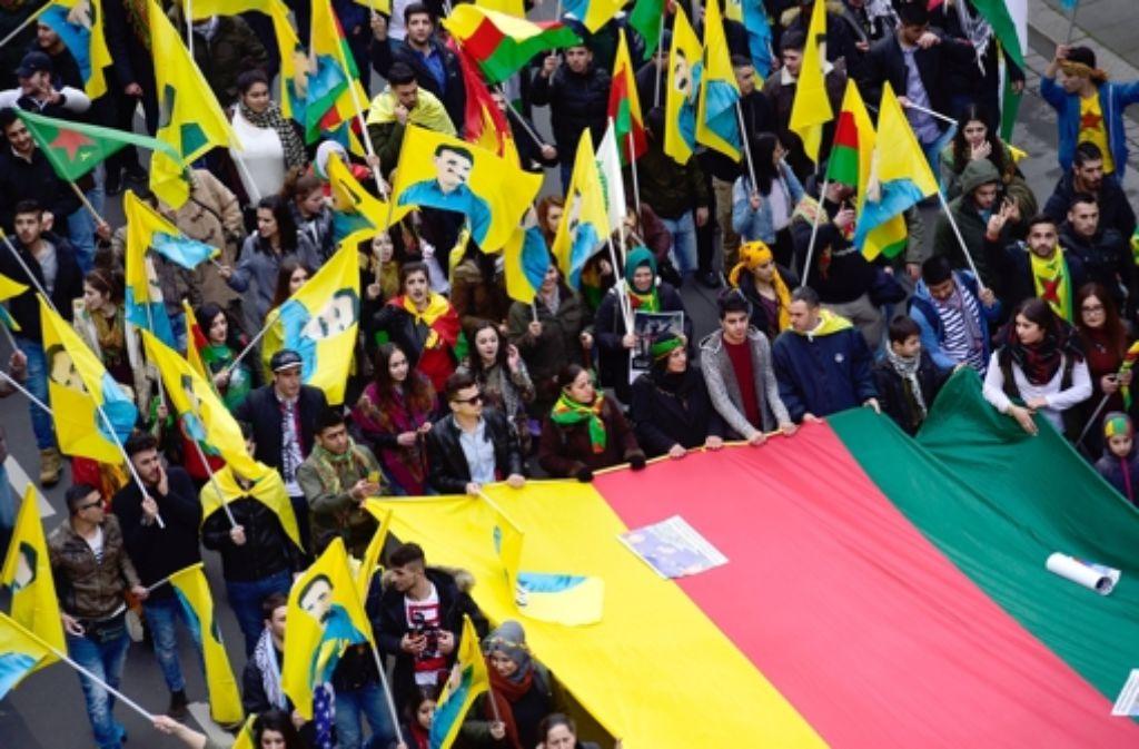angst vor terror kurdische newroz feier beginnt politik. Black Bedroom Furniture Sets. Home Design Ideas