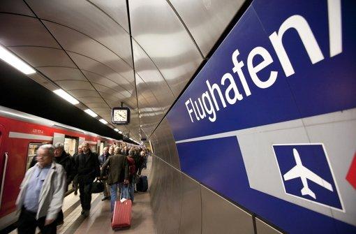 Der Lenkungskreis Stuttgart 21 debattierte über die neue Variante der Haltestelle am Flughafen. Foto: Michael Steinert