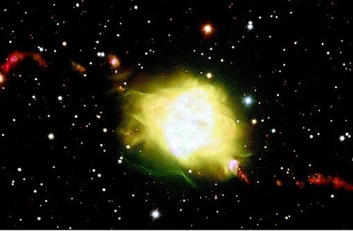Das Doppelsternsystem schleudert zwei Materiejets ins All. Foto: ESO/H. Boffin